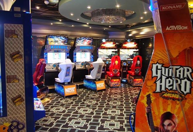 Зона виртуальных игр Games Arcade