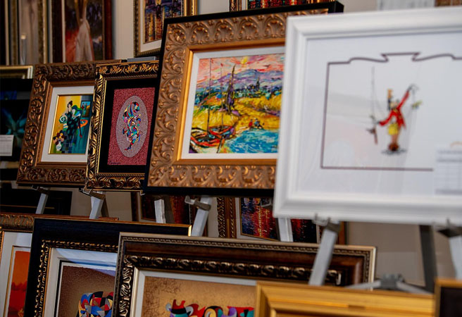 Арт-галерея и аукционы