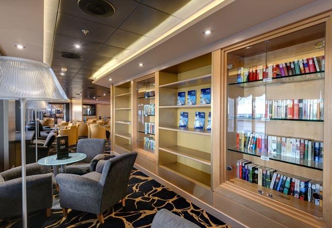 Библиотека и карточная комната Armonia Lounge & Library