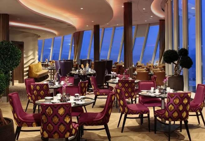 Ресторан Coastal Kitchen для сьютов класса Sky и Star