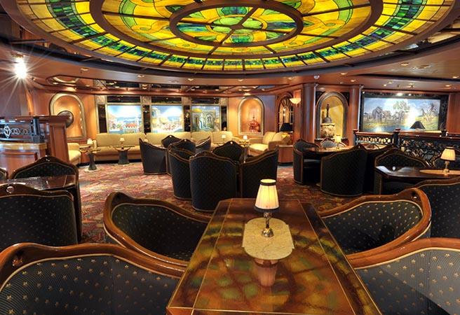 Развлекательный центр Explorer's Lounge