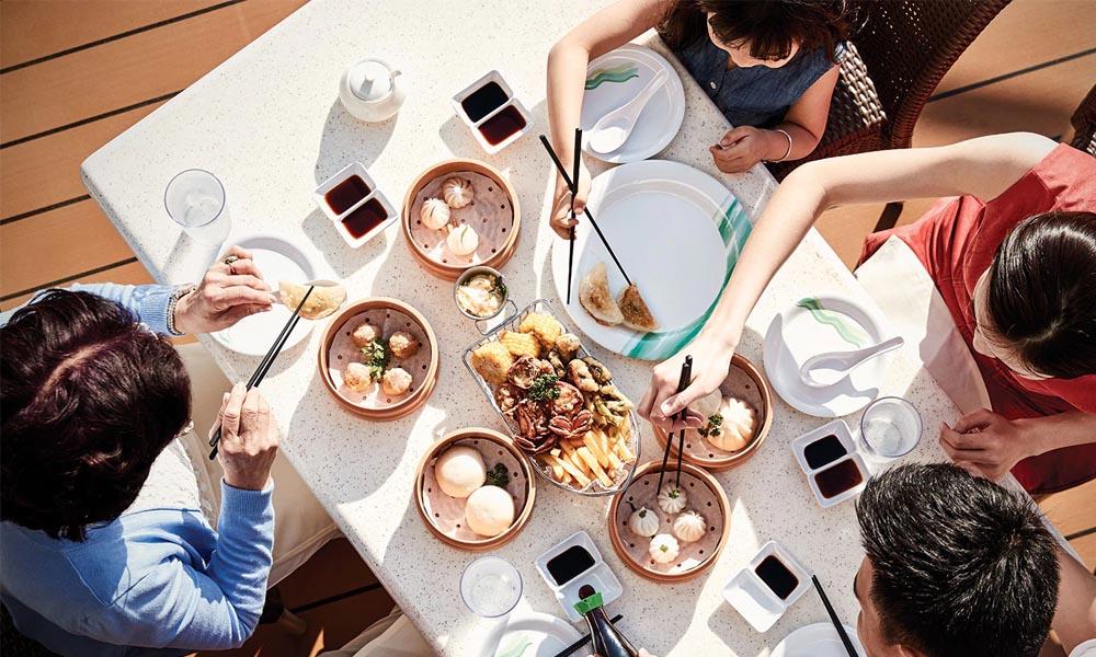 Ресторан на открытом воздухе Lobster Grill