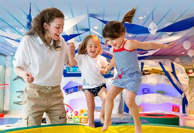 Клуб для детей от 3 до 6 лет Mini Club