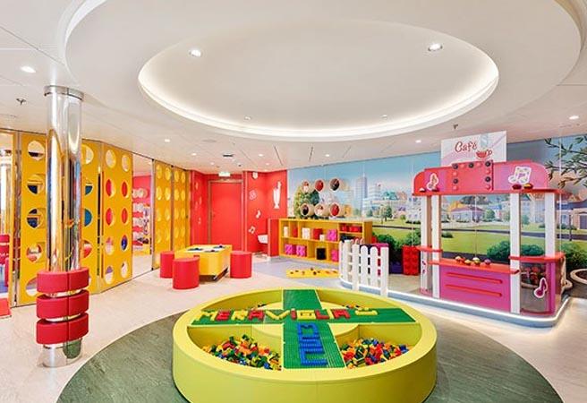 Клуб для детей от 3 до 6 лет Mini Club Lego