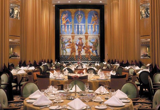Основной ресторан Ministrel Dining Room