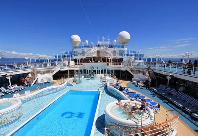 Бассейн Neptune's Pool