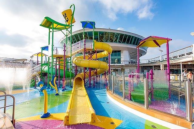 Детский аквапарк Splashaway bay