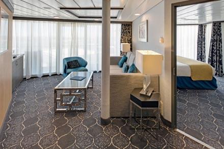 Aquatheatre Suite с балконом
