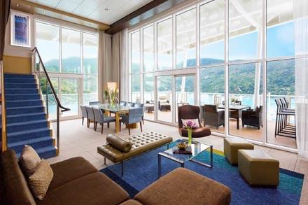 Royal Loft Suite с балконом