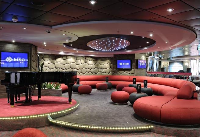 Шоу-лаунж The Aft Lounge