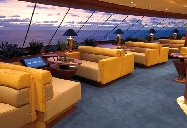 Гостиная-кафе Top Sail Lounge