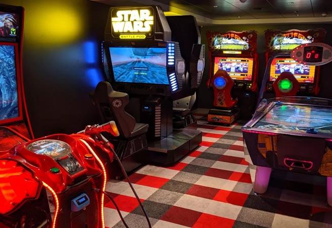 Зона виртуальных игр Video Arcade
