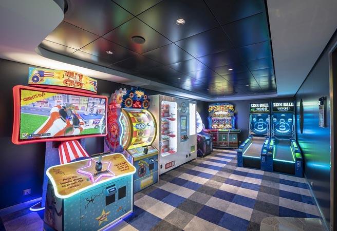 Зона мультимедиа и виртуальных игр Video Arcade